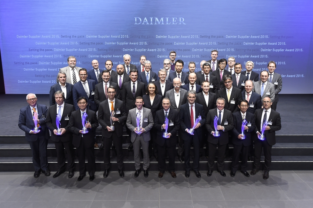 Daimler Supplier Award 2015_Gruppenfoto_klein